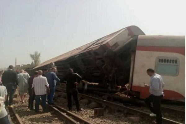 خارج شدن قطار از ریل در مصر