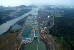 رکوردشکنی کانال پاناما با عبور سه کشتی LNG در یک روز