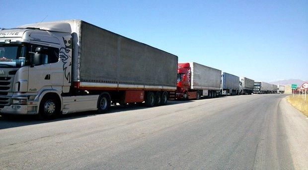 ترانزیت بیش از  3 میلیون  تن کالا از مرزهای کشور
