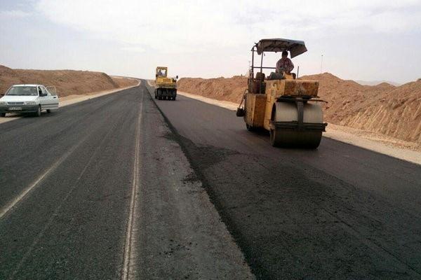 آسفالت بیش از 16هزار مترمربع از جادههای همدان لکهگیری شد