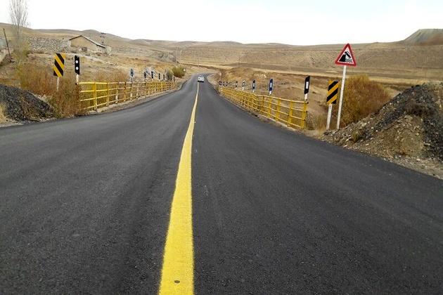 نماینده مجلس: تعریض جاده کوهدشت - زانوگه ضروری است