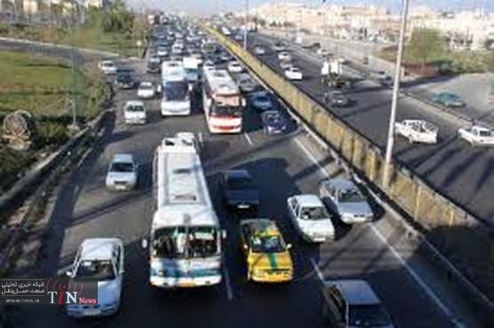 مردم بدون تهیه بلیط سوار اتوبوسها نشوند