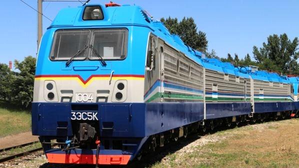 Uzbekistan Railways receives new electric locomotives