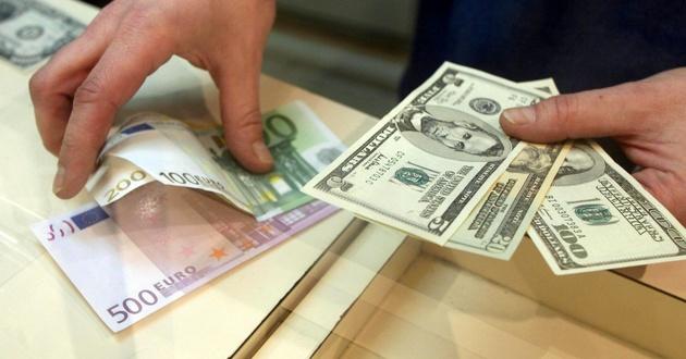 کسی پاسخگوی قیمت نجومی دلار نیست