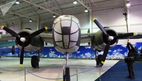نمایشگاه هواپیماهای جنگی دوران شوروی.jpg6