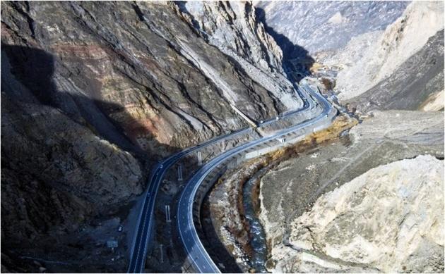 گرانی میلگرد و فولاد تکمیل پل تککابلی هراز را کند کرد