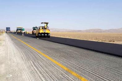 انجام بیش از ۷۶ کیلومتر روکش آسفالت در راههای کرمانشاه
