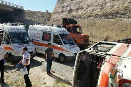 بریدن ترمز؛علت واژگونی سرویس مدرسه در مسیر ایرانشهر 