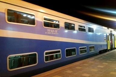 حرکت آزمایشی نخستین قطار ۲ طبقه در مسیر تهران-همدان