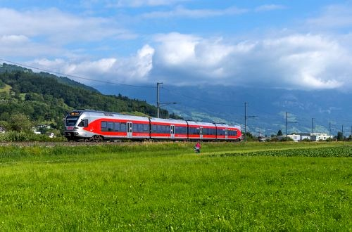 SBB to divest two routes to SOB