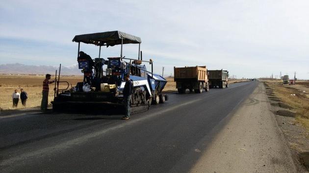 پروژه روکش آسفالت محورهای روستایی سلطانیه با 24 میلیارد ریال اعتبار