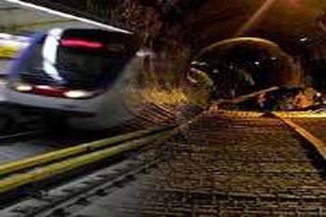 صنعت مترو تهران به دوره بلوغ رسیده است / تقدیر از رکوردشکنی های مترو