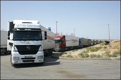 بازگشایی مرز اینچه برون ایران با ترکمنستان بعد از ۲۰ ماه