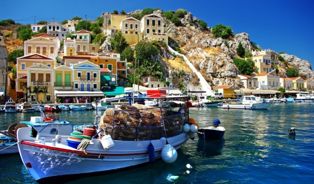 GREEK REAL ESTATE MARKET PUSHES THE TOURISM INDUSTRY TOWARDS GROWTH