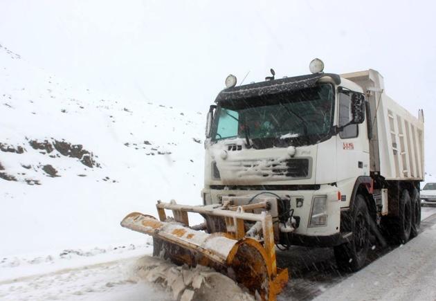 میزان برف در ارتفاعات لاریجان آمل از 60 سانتی متر عبور کرد