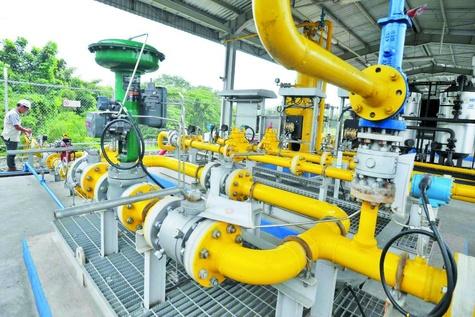 گاز و برق کابوس تازه بنزین