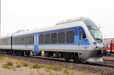 خروج یک واگن قطار زنجان-تهران از ریل/ حادثه تلفاتی نداشت