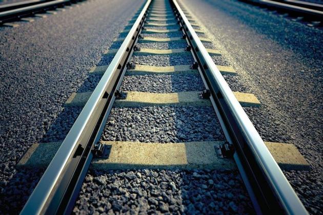 وضعیت عملیات احداث سه تقاطع غیر همسطح راهآهن یزد