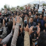بازتاب بازدید رهبری ازمناطق زلزله زده غرب ایران در آسوشیتدپرس