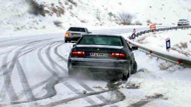 چالوس، هراز و فیروزکوه دارای بارش برف و باران