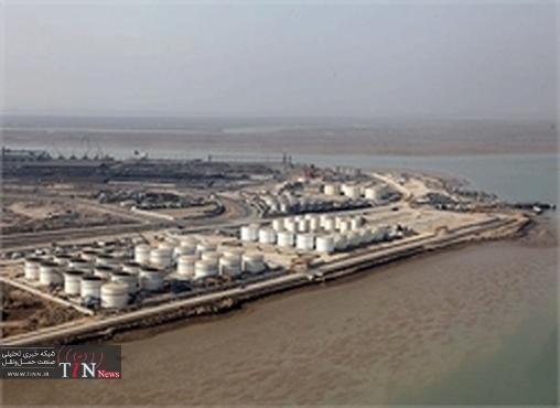 کسب سهم ٧٣ درصدی ترانزیت فرآورده های نفتی کشور در منطقه ویژه اقتصادی بندر امام خمینی(ره)