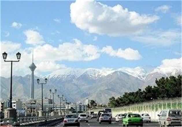 هوای تهران فعلا سالم است/ احتمال ناسالم شدن هوا برای گروههای حساس