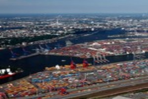 LB port's movement of volumes sets record for July