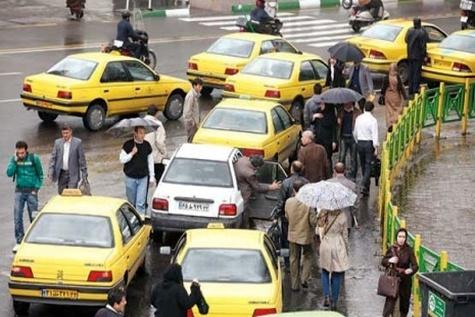 فرمانداری تهران نسبت به افزایش کرایههای تاکسی اعتراضی ندارد