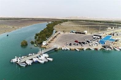 ساخت سایبان و مراکز رفاهی در اسکلههای گردشگری جزیره قشم
