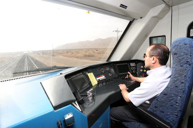 حق کیلومتراژ، صراحت در حد تصویب قانون و ناتوان در عمل