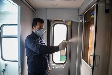 فیلم  آماده سازى قطارهای رجا با رعایت پروتکل هاى بهداشتى