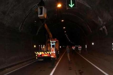 ساخت بزرگترین تونل کشور در آزادراه تهران - شمال