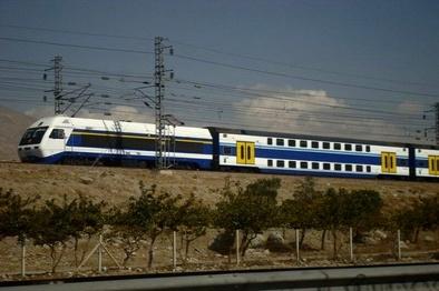 مشکل حمل و نقل ایستگاه متروی شهرجدید هشتگرد حل شود