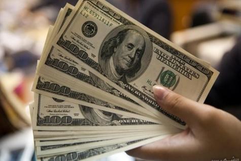 دلار ۴ هزار تومان را رد کرد