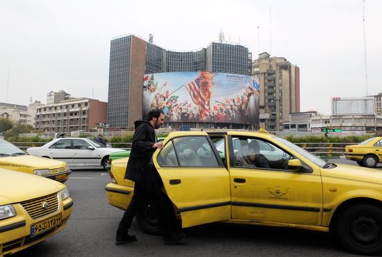 تصاویر| وضعیت آرام مرکز شهر تهران