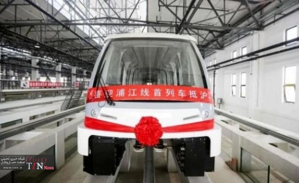 Bombardier delivers first Innovia APM ۳۰۰ to Shanghai Shentong