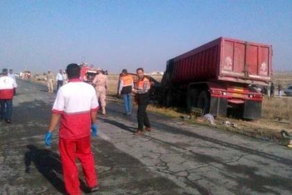 حادثه تصادف مینیبوس در گلستان و فوت 10 نفر در حریق مینیبوس