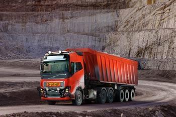 پافشاری تولیدکنندگان برای استفاده از کامیونهای رباتیک