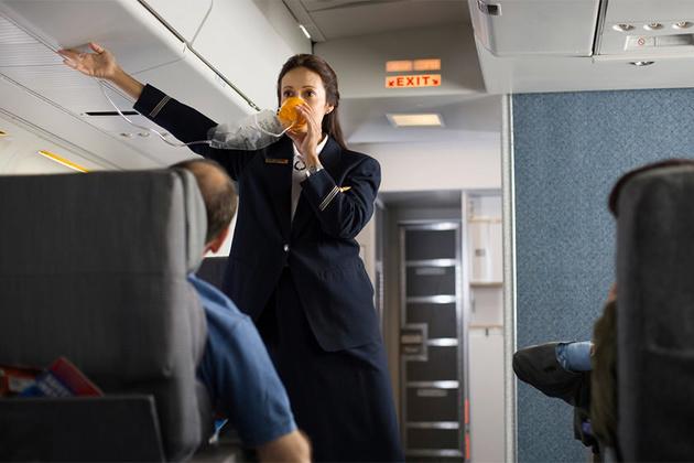 چطور از ماسک اکسیژن در سفرهای هوایی استفاده کنیم؟