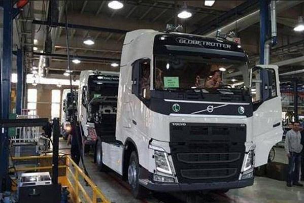 مراجعه ۲۷ هزار وسیله نقلیه سنگین و نیمه سنگین به مراکز معاینه فنی