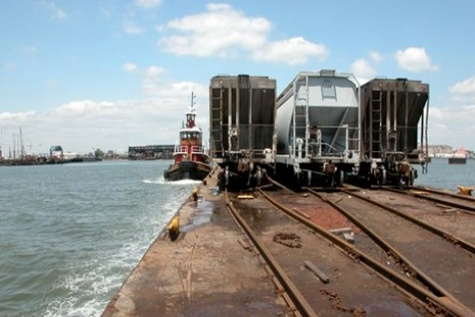 NY - NJ port authority approves ship - to - rail project