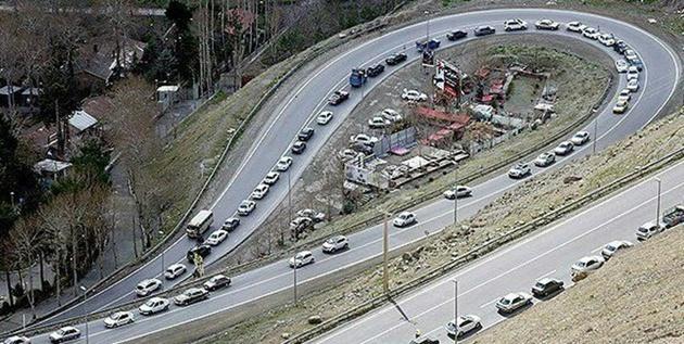 اعمال محدودیت ترافیکی در جادههای تهران-شمال/کندوان یکطرفه میشود