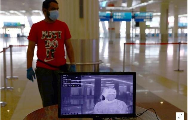 امارات به شهروندان خود اجازه سفر به خارج داد