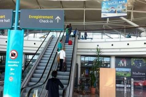 Pau - Béarn CCI, Transdev and Egis to manage Pau - Pyrénées Airport in France