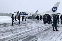 خروج هواپیمای بوئینگ مسافربری از باند در روسیه