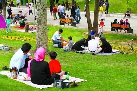 دورهمی در بوستانهای استان تهران در روز طبیعت ممنوع شد