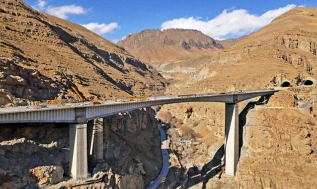 مسیر پر پیچ و خم گشایش آزاد راه تهران- شمال